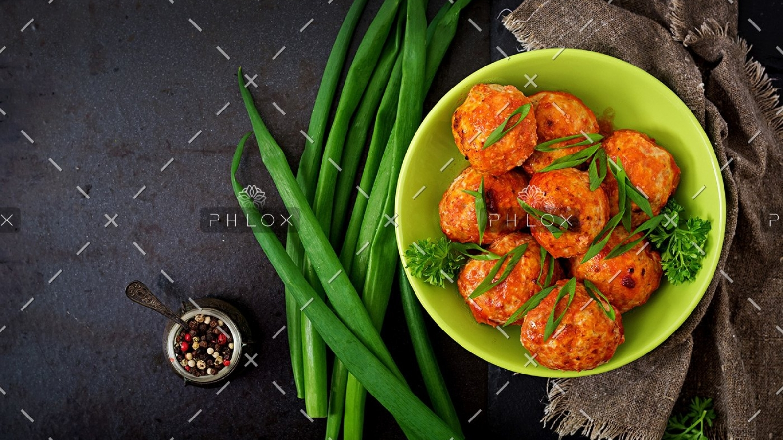demo-attachment-15-baked-meatballs-of-chicken-fillet-in-tomato-sauce-PGK6PTM